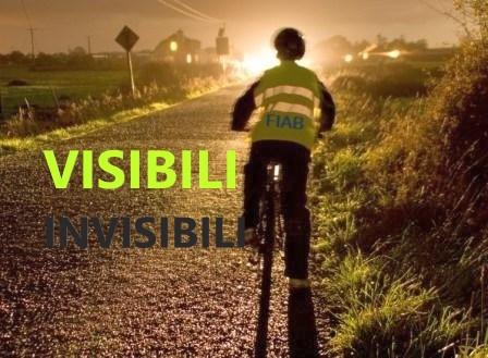 giubbini catarifrangenti per migranti in bicicletta