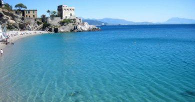 Domenica 5 luglio: Un tuffo nel mare blu di Erchie