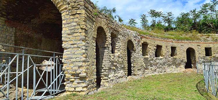 sabato 5 settembre: visita alla Tomba di Agrippina